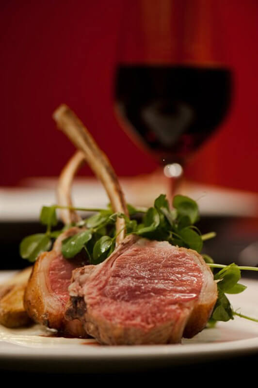 Lamb rib chop with wine