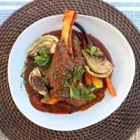 Lamb shank with tomato