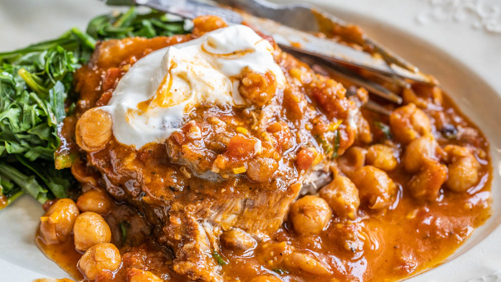 Braised lamb neck with chickpeas and harissa Moroccan Recipe